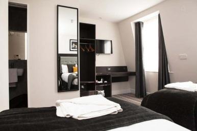 tudor_inn_hotel_triple2